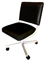 m107 Caster Chair with Arms