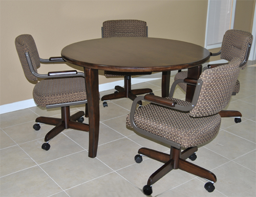 4 m110 Caster Chairs Round Table