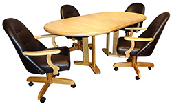 236 CasterChairs 42x60x78 Table